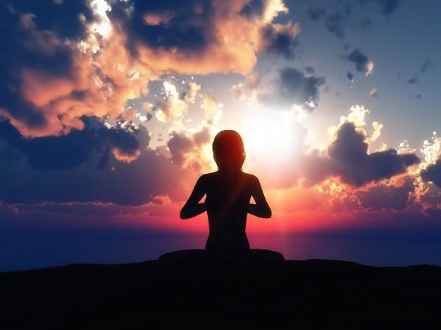 kvinde der dykker mindfulness